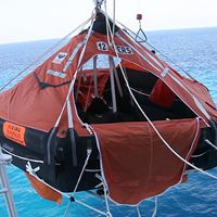 Picture of Life Raft Operation and Survival Practices